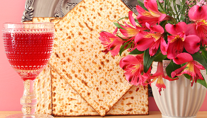 Rose wine and matzah