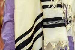 Blessing for putting on the tallit (tallis)