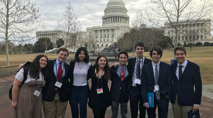Teen lobbyists from Temple Shaaray Tefila in front of the U.S. Capitol